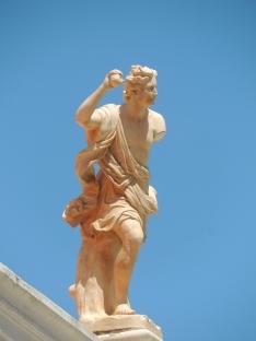 Estoi Statue