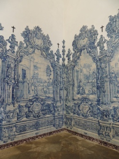 18th century blue tiles