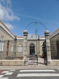 Mansion gates