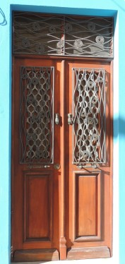 Olhao door