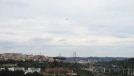 Flying into Lisboa