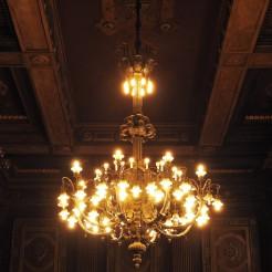Stunning chandeleier
