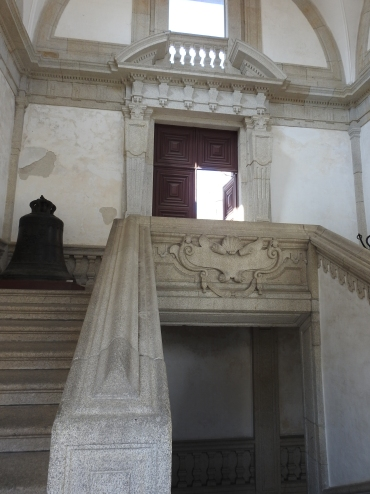 Nicolau Nasoni staircase