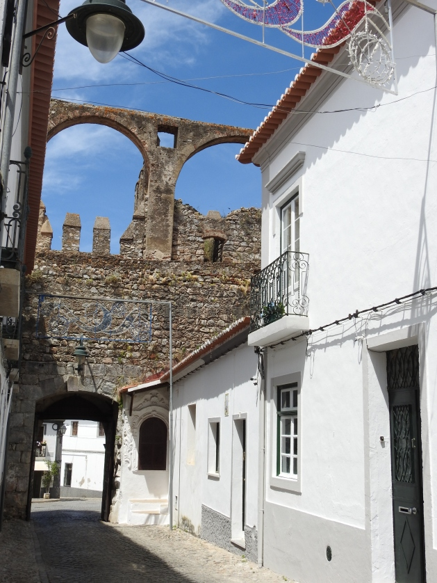 Aqueduct is a 17th century addition