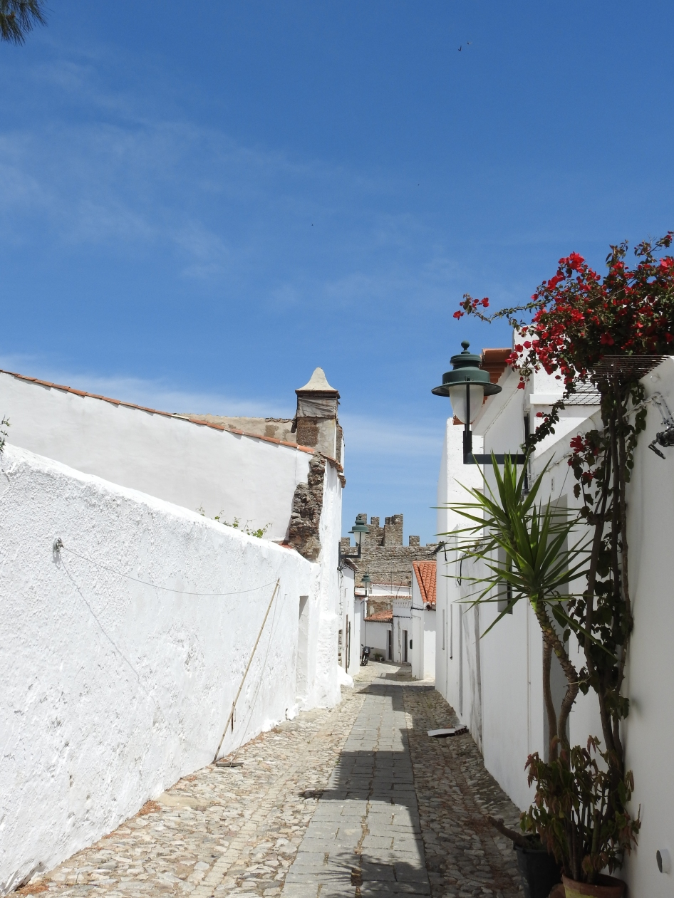 Typical street of Serpa's old town