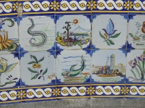 Perhaps the seascape is for Portugal's Golden Age?