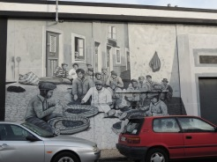 Photograph of a street mural of a street photograph!
