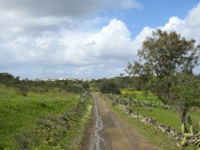 Country lane back to Azinhal