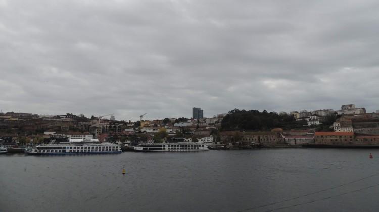 Vila Nove de gaia from Porto